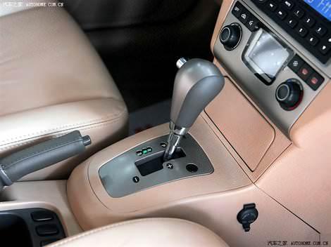 фото салона китайского автомобиля Chery Fora - Чери Фора