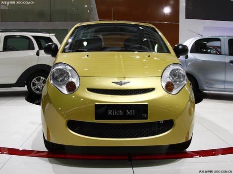 фото Chery Riich M1 photo - Чери Рич М1 китайская малолитражка желтого цвета