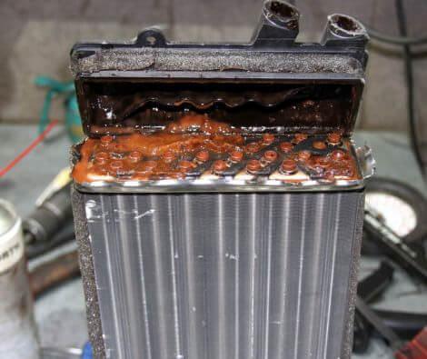 Использование присадок неизвестного состава может привести к нарушению циркуляции тепла