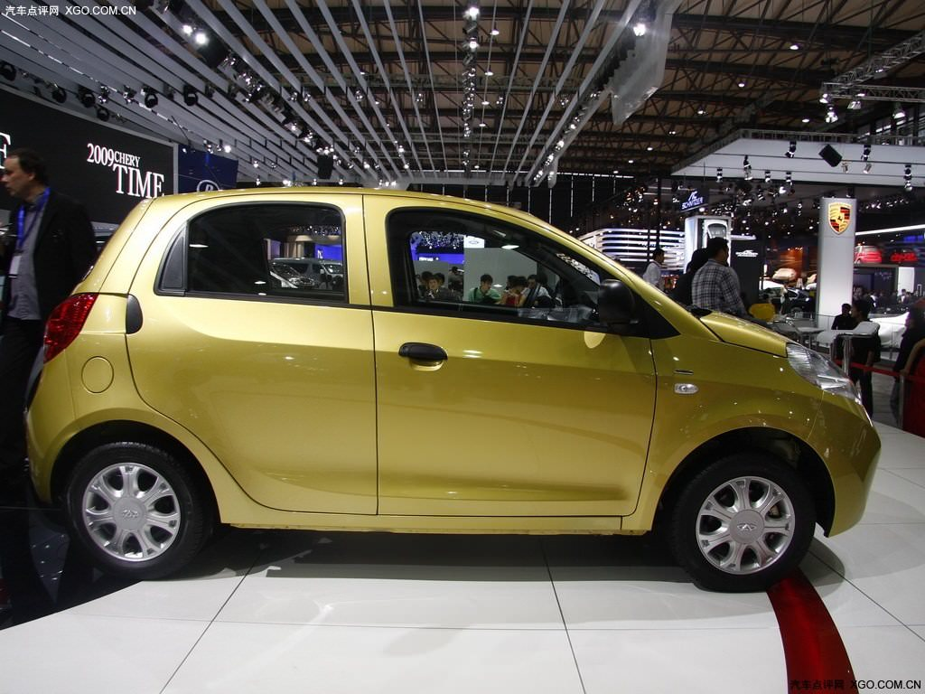 http://www.cheryportal.ru/im/chery-riich-m1-photo-foto-yellow-color/chery-riich-m1-photo-foto-yellow-color-4.jpg