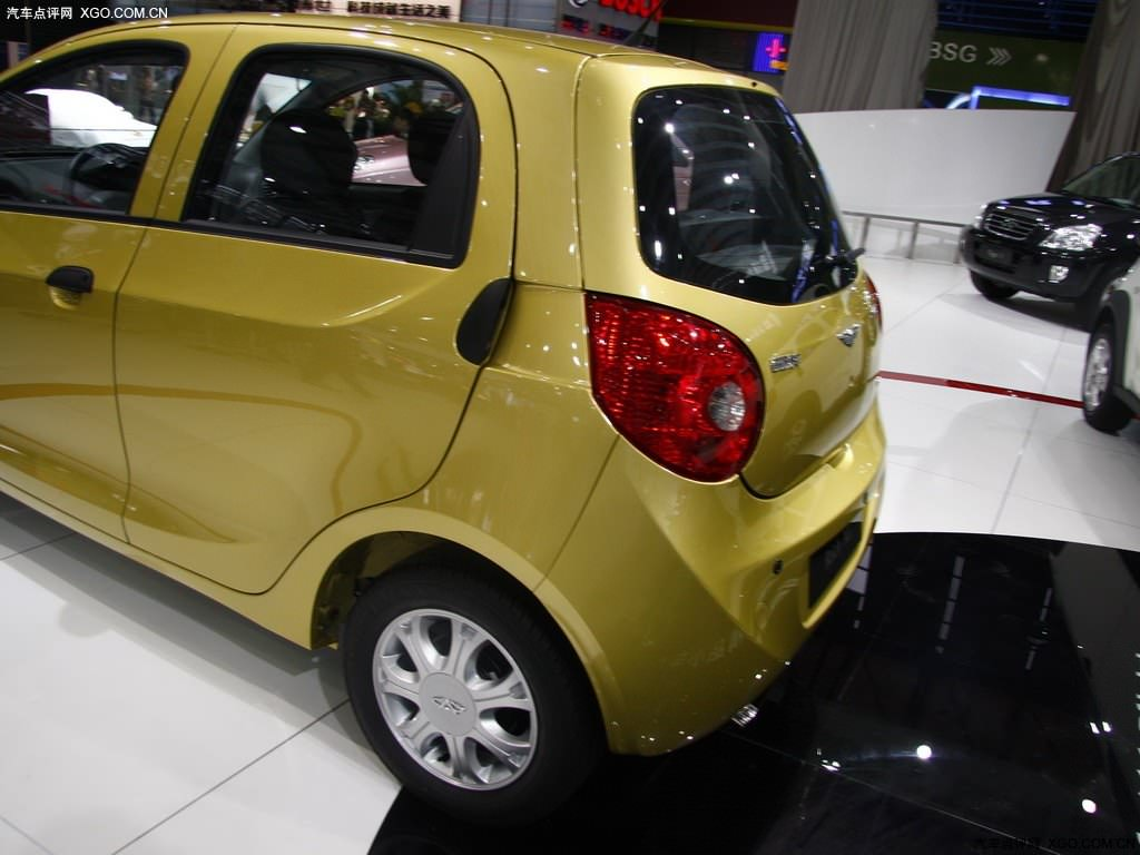 http://www.cheryportal.ru/im/chery-riich-m1-photo-foto-yellow-color/chery-riich-m1-photo-foto-yellow-color-5.jpg